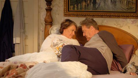 Roseanne Barr, John Goodman in 'Roseanne'