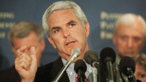 Rep. John Shadegg, R-Arizona, skipped President Bill Clinton's 1999 address after his impeachment.