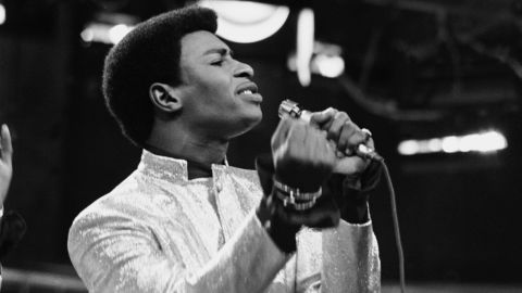 """<a href=""""http://www.cnn.com/2018/02/03/entertainment/dennis-edwards-obit/index.html"""" target=""""_blank"""">Dennis Edwards</a>, the former lead singer for The Temptations whose gritty voice carried some of the biggest hits of the Motown era, died on February 1, according to his booking agent Rosiland Triche. He was 74."""