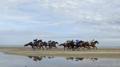 Laytown Races is the only official beach race in Europe. Situated on the Irish coast, the 150-year-old tradition attracts more than 5000 regular visitors every year. Horses race along the sands on a makeshift course.