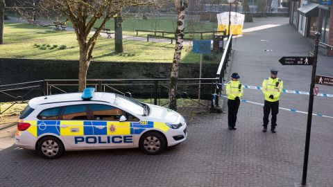 SALISBURY, ENGLAND - MARCH 07:  A police tent is seen behind a cordon outside The Maltings shopping centre where a man and a woman were found critically ill on a bench on March 4 and taken to hospital sparking a major incident, on March 7, 2018 in Wiltshire, England. Sergei Skripal, who was granted refuge in the UK following a 'spy swap' between the US and Russia in 2010, and his daughter remain critically ill after being exposed to an 'unknown substance'.  (Photo by Matt Cardy/Getty Images)