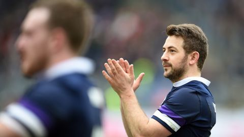 A late penalty from Greig Laidlaw ensured Scotland finished its campaign on a high, defeating Italy 27-29 in Rome.