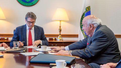 Secretary of Energy Rick Perry and Murray Energy CEO Robert Murray meet.