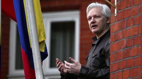 julian assange incomunicado dentro embajada ecuador lkl claudia rebaza_00001030.jpg