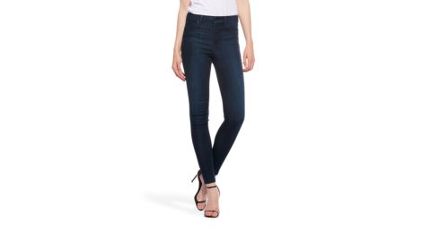 """<strong>5. The Jane ($108; </strong><a href=""""https://www.mottandbow.com/womens/high-rise-skinny/high-rise-skinny-jane-3month.html"""" target=""""_blank"""" target=""""_blank""""><strong>mottandbow.com</strong></a>)"""