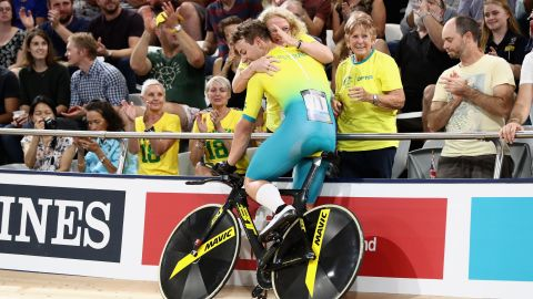 Sam Welsford of Australia celebrates winning gold in the men's 4000m team pursuit gold final.