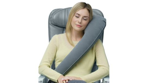 """<strong>Travelrest Ultimate Travel Pillow ($24.95; </strong><a href=""""https://amzn.to/2ujB5wF"""" target=""""_blank"""" target=""""_blank""""><strong>amazon.com</strong></a><strong>) </strong>"""