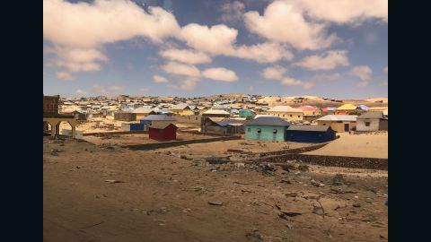 Housing for Somalia's internally displaced persons on the outskirts of Kismayo.