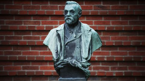 A picture taken on October 3, 2011 shows the statue of Alfred Nobel at the Karolinska Institute in Stockholm. The 2011 Nobel Prize for Medicine is awarded today by the Royal Swedish Academy of Sciences, opening a week of Nobel honours. AFP PHOTO/JONATHAN NACKSTRAND (Photo credit should read JONATHAN NACKSTRAND/AFP/Getty Images)