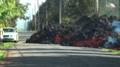 WXChasing - Time Lapse of giant #lava flow consuming car, telephone pole falling   Date: 5-6-2018 Location: Leilani Estates, Hi   #LeilaniEstates #Leilani #Hawaii #volcano