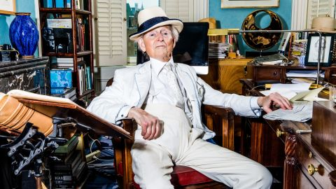 """<a href=""""http://money.cnn.com/2018/05/15/news/tom-wolfe-obituary/index.html"""" target=""""_blank"""">Tom Wolfe</a>, the innovative journalist and author who wrote such best-selling masterpieces as """"The Bonfire of the Vanities"""" and """"The Right Stuff, died on May 14 at the age of 87. Wolfe was known as a pioneer of a literary style that became known as New Journalism. It was a long-form of writing in which writers deeply immersed themselves in the subject they were writing about."""