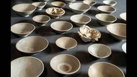 Chinese ceramic bowls that are included in the Field Museum's Java Sea Shipwreck collection.