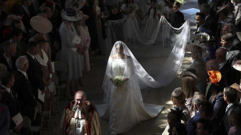 Meghan walks down the aisle in St George's Chapel.
