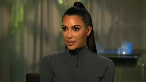 kim kardashian on delivering news thumb