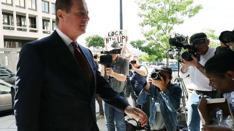 WASHINGTON, DC - JUNE 15:  Former Trump campaign manager Paul Manafort arrives at the E. Barrett Prettyman U.S. Courthouse for a hearing on June 15, 2018 in Washington, DC. Today a federal judge could rule on whether to revoke Manafort's bail due to alleged witness tampering. Manafort was indicted last year by a federal grand jury and has pleaded not guilty to all charges against him including, conspiracy against the United States, conspiracy to launder money, and being an unregistered agent of a foreign principal.  (Photo by Mark Wilson/Getty Images)