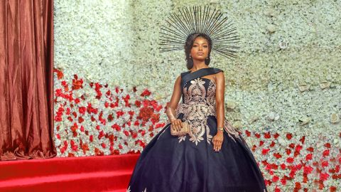 Fashion entrepreneur Bolaji Chizoba Ayinde wearing one of her own Nouva Couture creations with a head piece by Urez Kulture on the red carpet of the Ocean's 8 premiere in Lagos on Sunday June 17 2018.