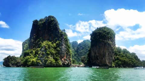 <strong>Thailand: </strong>White-sand beaches backed by swaying palms and jungle, sheer limestone towers jutting out of jade seas and exotic flora and fauna are just some of the treats on offer on a sailing trip to Thailand.