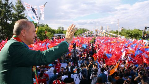 Erdogan at an AKP rally in Diyarbakir on June 3.
