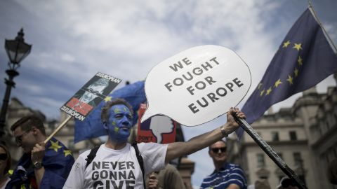 LONDON, ENGLAND - JUNE 23: Protestors take part in the People's Vote demonstration against Brexit on June 23, 2018 in London, England. On the second anniversary of the 2016 Brexit referendum, the People's Vote Campaign organised a march to Parliament calling for a People's Vote on the final draft of the EU Withdrawal Bill. (Photo by Simon Dawson/Getty Images)