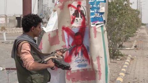 battle for yemen port hodeida walsh pkg vpx_00004608.jpg
