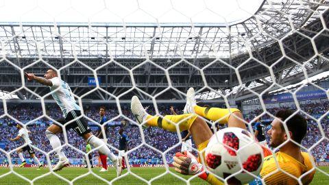 Gabriel Mercado deflected a Messi shot past Hugo Lloris to give Argentina a brief 2-1 lead.