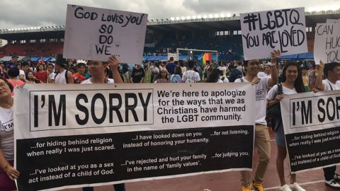 Members of the Church of Freedom in Christ Ministries apologize for Christians at a gay pride parade in the Phillipines.