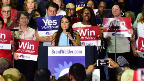 Alexandra Ocasio-Cortez is trying to put a leftist stamp on the Democratic class of 2018.