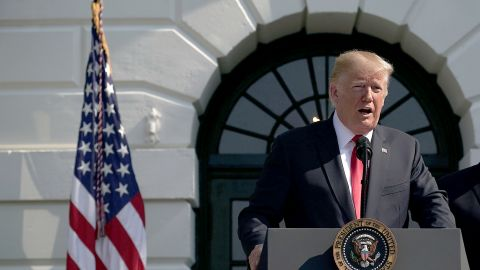 Trump hails the announcement that the US economy grew at a 4.1% in the second quarter.