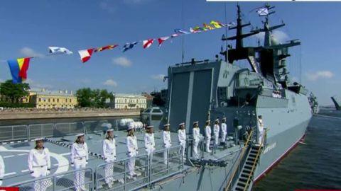 Russia military navy day parade pleitgen vpx_00010904.jpg