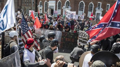 Riots in Charlottesville between Alt-Right demonstrators and counterprotesters (photo Edu Bayer)