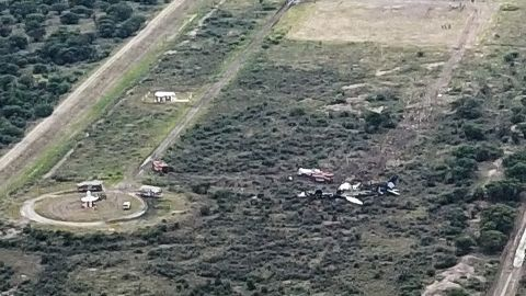 Picture showing the wreckage of a plane that crashed with 97 passengers and four crew on board on take off at the airport of Durango, in northern Mexico, on July 31, 2018. - Dozens of people were injured as an airliner crashed on takeoff during a heavy hail storm in northern Mexico, engulfing the plane in flames, Aeromexico airline and passengers said Tuesday. (Photo by Kevin ALCANTAR / KEVIN ALCANTAR DRONES DURANGO / AFP)        (Photo credit should read KEVIN ALCANTAR/AFP/Getty Images)