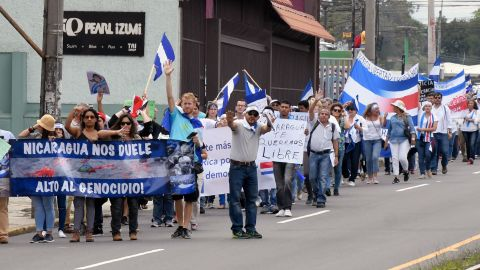 Costa Ricans demonstrate in San Jose on June 12 in solidarity with activists arrested and killed in the recent anti-government protests in Nicaragua.