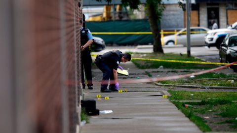Violent crime has decreased in Chicago for the second straight year, police say.