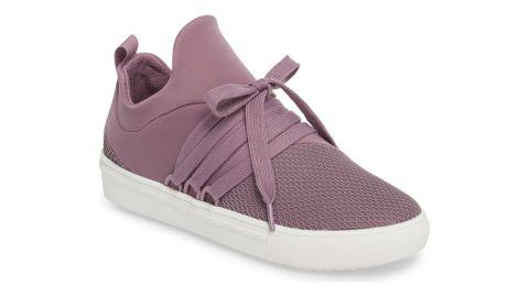 """<strong>Steve Madden Lancer Sneaker ($49.96; </strong><a href=""""https://click.linksynergy.com/deeplink?id=Fr/49/7rhGg&mid=1237&u1=0308popularproducts&murl=https%3A%2F%2Fshop.nordstrom.com%2Fs%2Fsteve-madden-lancer-sneaker-women%2F4651163"""" target=""""_blank"""" target=""""_blank""""><strong>nordstrom.com</strong></a><strong>)</strong>"""