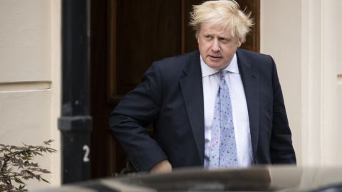 LONDON, ENGLAND - JULY 18: Boris Johnson leaves his grace-and-favour residence in Carlton Gardens near Buckingham Palace on July 18, 2018 in London, England. The Former Foreign Secretary is expected to make his first speech today after resigning from government 9 days ago. (Photo by Dan Kitwood/Getty Images)