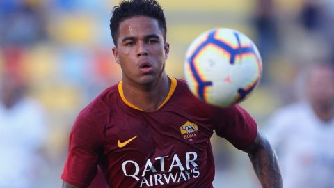 Justin Kluivert signed a long-term deal with AS Roma worth an initial $19.5 million. The 19-year-old Dutch winger left Ajax Amsterdam for a five-year contract lasting until June 30, 2023.