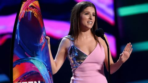 """Anna Kendrick accepts the Choice Comedy Movie Actress award for """"Pitch Perfect 3"""" onstage during Fox's Teen Choice Awards at The Forum on August 12, 2018 in Inglewood, California."""
