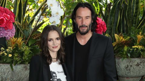 """Winona Ryder says she and Keanu Reeves had a real wedding while filming """"Dracula."""""""