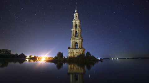 <strong>Kalyazin, Russia:</strong> Kalyazin Bell Tower is all that can be seen of the submerged monastery of St. Nicholas, which was lost underwater after the creation of the Uglich Reservoir along the Volga River at the end of the 1930s. <br />