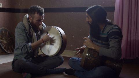Ruairi Glasheen hones his Iranian drumming skills with tonbak expert Javad Alirezaei.