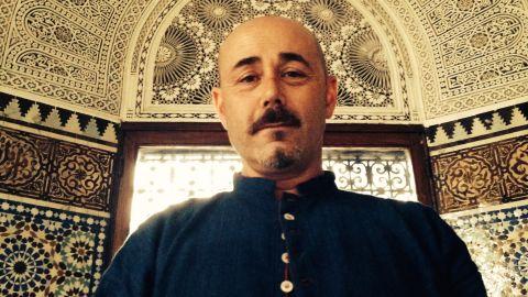 Vinny Ferraro teaches Vipassana meditation.