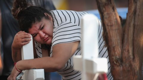 Amber Ayala mourns the loss of 10 kids killed in a Chicago house fire Sunday.