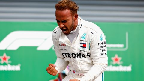 Hamilton stormed to a record-equalling fifth Italian Grand Prix victory -- overtaking both Ferraris in the process.