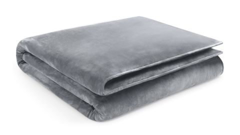 """<strong>Restorology Weighted Blanket ($119; </strong><a href=""""https://amzn.to/2M6dlTl"""" target=""""_blank"""" target=""""_blank""""><strong>amazon.com</strong></a><strong>)</strong>"""