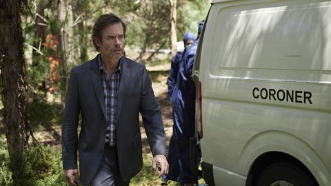 """<strong>""""Jack Irish"""" season 2 :</strong> Guy Pearce returns to his Aussie roots as the late Peter Temple's antihero in a new six-part thriller. This time Irish stumbles into the world of manipulative pharmaceutical companies, corrupt educational institutions aimed at international students and fatal clinical trials. <strong>(Acorn TV) </strong>"""