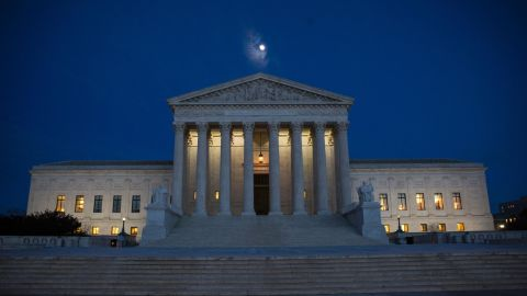 The US Supreme Court is pictured January 9, 2017 in Washington, DC. / AFP / ZACH GIBSON        (Photo credit should read ZACH GIBSON/AFP/Getty Images)