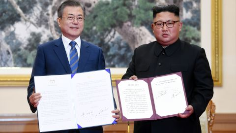 Moon Jae-in and Kim Jong Un after a signing ceremony in Pyongyang, North Korea, Wednesday, September 19, 2018.