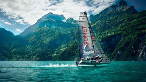 Loris von Siebenthal pictured the Monofoil Gonet flying over Uri Lake, Switzerland.