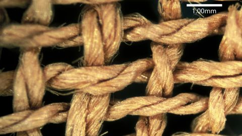 """Close-up of basket fibers found with the Turin mummy, indicating a """"prehistoric"""" spin direction."""