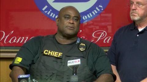 Police killed in shootout Mississippi sot vpx_00002010.jpg